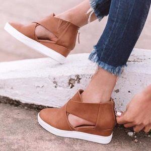 Shoes - JEFFREY Cut out Sneakers - TAN
